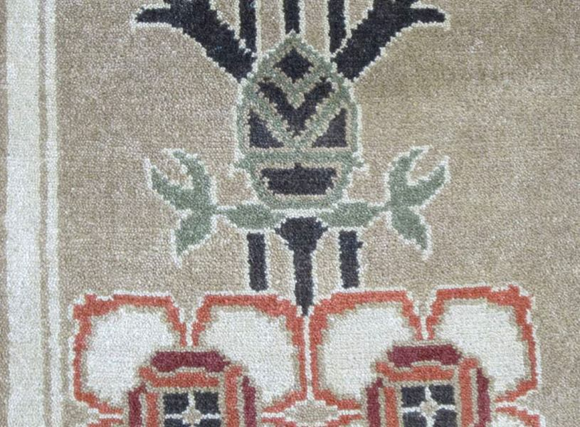 8 by 10 craftsman cottage rug closeup 2